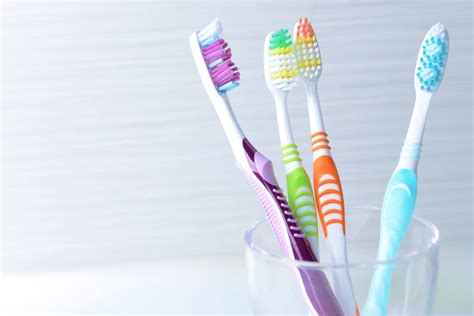 Sikat Gigi 5 tips menyimpan sikat gigi yang benar supaya tak jadi