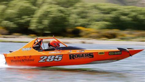 nz jet boat marathon jet boat marathon roars along very difficult waitaki
