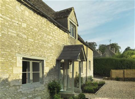 Cottage Barnsley by Friendly Luxury Accommodation In Barnsley Cotswolds
