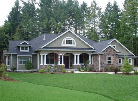 farmhouse style house plan 3 beds 3 00 baths 1921 sq ft plan 17 traditional style house plan 4 beds 3 00 baths 3500 sq