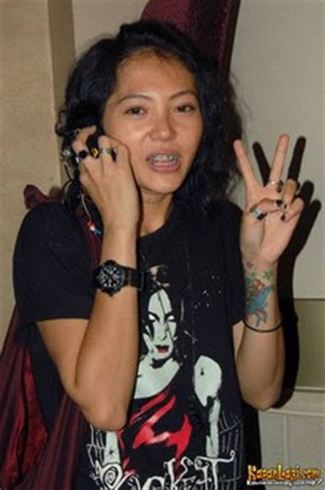 female tattoo artist indonesia smile list of indonesian women artists got tattoos