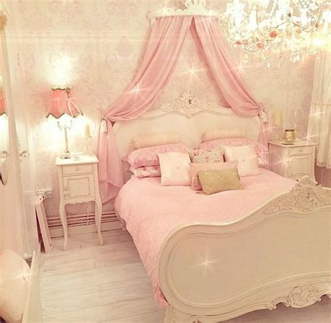Princess Bedroom Decor by Best 25 Princess Bedrooms Ideas On Princess