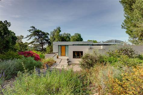 Sassy City Sale Hits La Again Fashiontribes La Story Shopping by Allen Designed Modernist Home In Echo Park Will Be