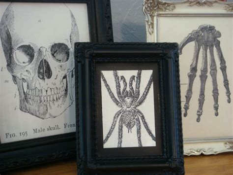 diy creepy halloween hand picture frame spooky frame decor thoughtfully simple