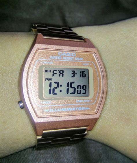 Best Quality of Casio Ladies Rose Gold Stainless Steel Digital Watch B640WC 5A at Reasonable