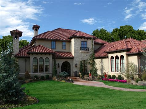farmhouse roof styles home exteriors italian style homes