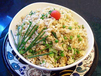 cuisine wok facile riz tha 239 saut 233 au wok la recette facile par toqu 233 s 2 cuisine