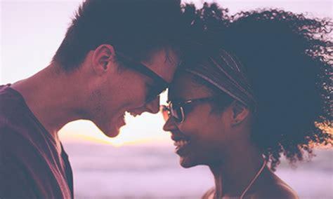 Madu Annisa perhatikan 7 hal ini untuk meraih kesenangan maksimal saat bulan madu okezone lifestyle