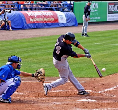 baseball swing tips tips for hitting a baseball slow feet equals quick hands