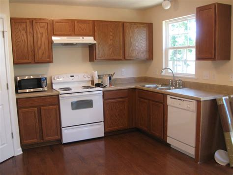 painting wood kitchen cabinets white painting painted wood kitchen cabinets painting oak cabinets white painted kitchen cabinets