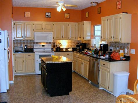 Black Kitchen Cabinets What Color On Wall Kitchen Paint Colors With White Cabinets