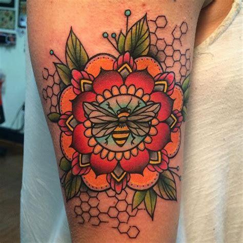 traditional bee tattoo traditional honey bee