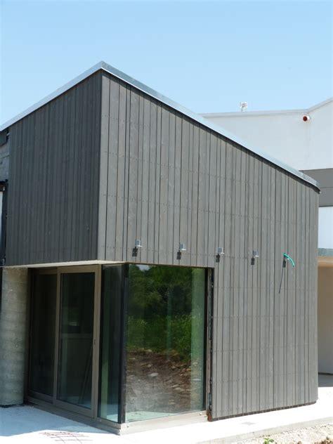 rivestimento in legno per pareti esterne rivestimenti facciate esterne cozzarin