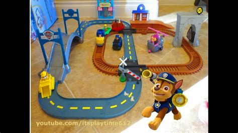 Playset Mainan Anak Paw Patrol Amusement Park paw patrol adventure bay railway s adventure bay townset itsplaytime612 toys play