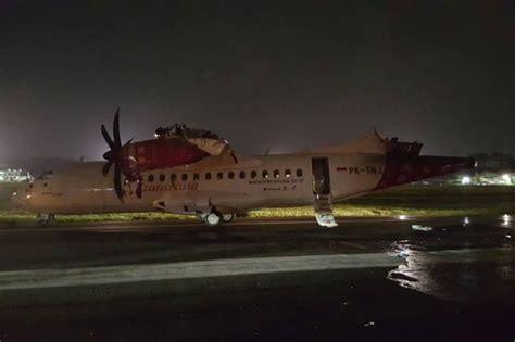 batik air trans nusa plane crash lion air group boeing 737 has wing ripped off