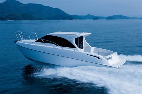 speed boat on water white speed boat on body of water photography hd wallpaper