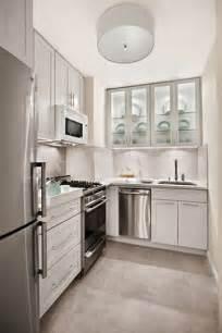 small kitchen design tips 15 lindas fotos de cocinas peque 241 as