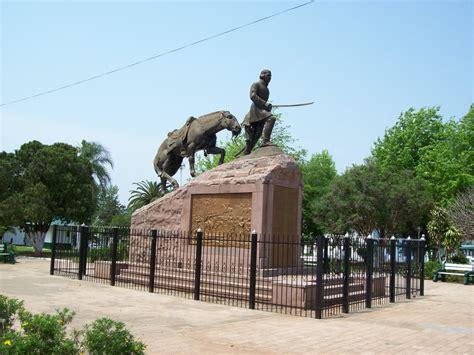 fotos libres de imagenes file monumento al general madariaga paso de los libres