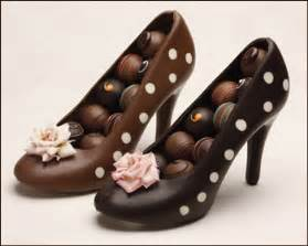 Mother Day Flowers Delivered - the stories behind the chocolate high heel chokolada a