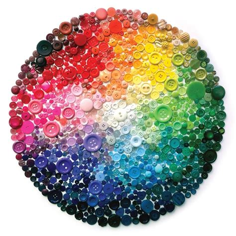 Button Painting spectacular rainbow button by hurley my modern met