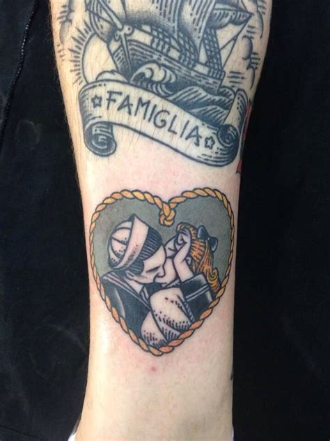 vintage tattoo couple traditional sailor heart tattoo of a young vintage couple