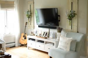 Home Decor Tv How To Decorate Around Your Tv Like A Pro