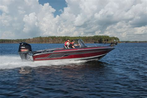 skeeter introduces new addition to its solera series - Skeeter Boats Careers