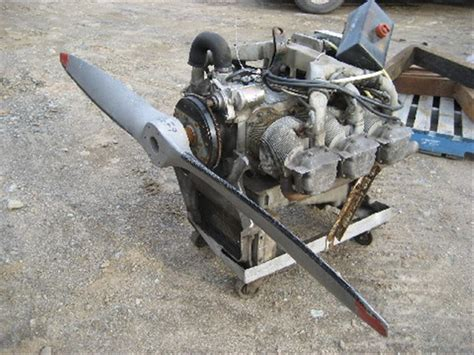 cylinder continential aircraft engine  prop