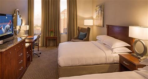 Room At The Inn St Louis by Two Room At St Louis Downtown At The Arch