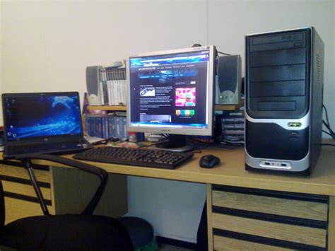 Small Desk Setup Your Desk Setup Rtsl