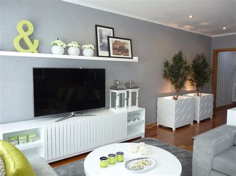 Decorating Ideas Above Tv 25 Best Ideas About Shelf Above Tv On 4 Tv