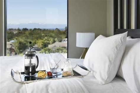 Hotel Room Service by The Oswego Hotel Updated 2017 Prices Reviews Photos
