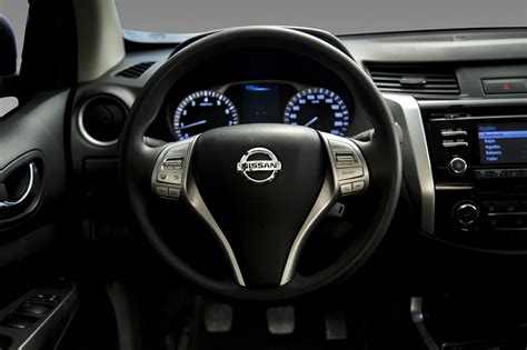 nissan frontier 2016 interior 2016 nissan frontier pictures 2017 2018 best cars reviews