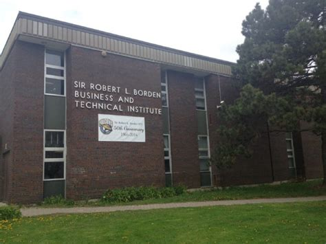 Mba Schools In Toronto Canada by Two High Schools Get 2 14 Million Renovations Toronto