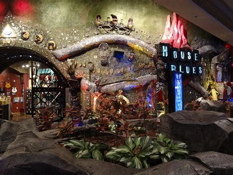 House Of Blues Mandalay Bay by Casino Trekking Vegas Style Rebeccasnyder