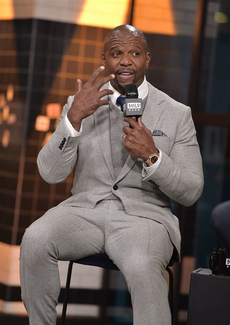 terry crews kevin hart buzzfeed terry crews called out kevin hart and said men should hold