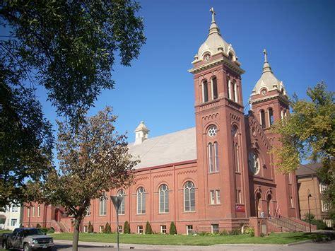 grand forks churches