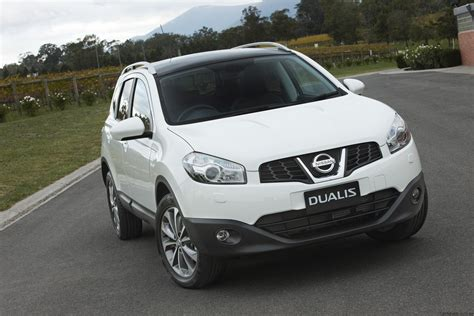 nissan dualis 2010 nissan dualis review nissan dualis 2 review caradvice