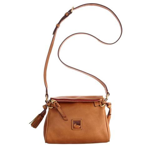 Dooney Bourke Ebelle5 Designer Dooney And Bourke Mini Handbag And Organizer Giveaway by Dooney Bourke Florentine Mini Zip Crossbody In Brown Lyst