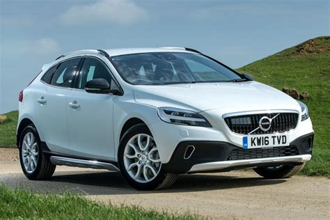used volvo v40 cross country for sale volvo v40 cross country from 2013 used prices parkers