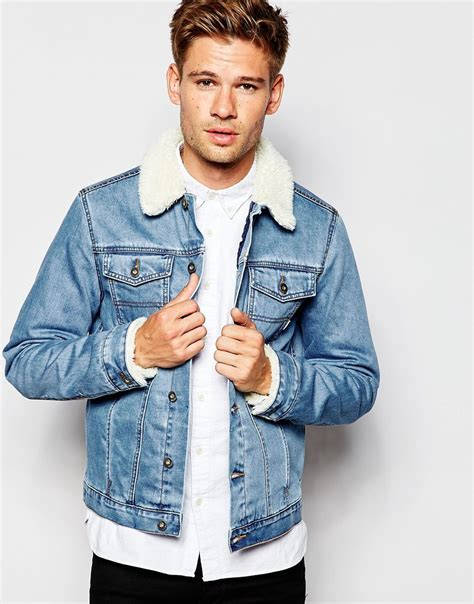 light wash denim jacket with fur collar asos denim jacket with borg collar in blue wash fashion
