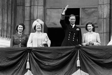 film queen ve day the queen s big night out extraordinary documentary tells