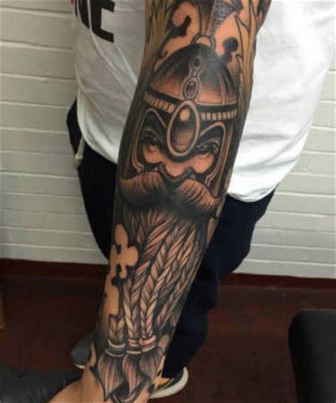 imagenes tatuajes brazo hombres tatuaje para hombre brazo y antebrazo tatuajes para