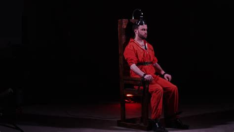 capital electric chair prisoner