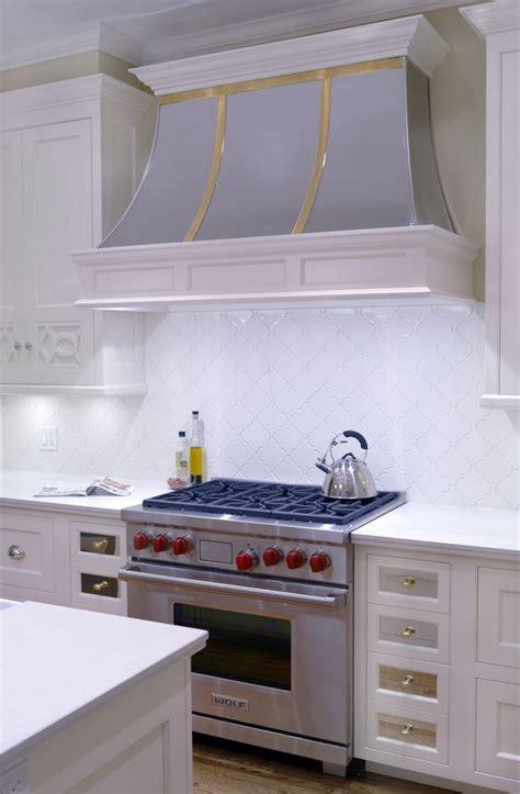 wolf stainless steel backsplash 25 best ideas about wolf range on wolf stove