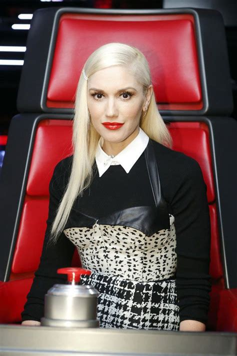 hairstyles on the voice gwen stefani s super straight hair on the voice love