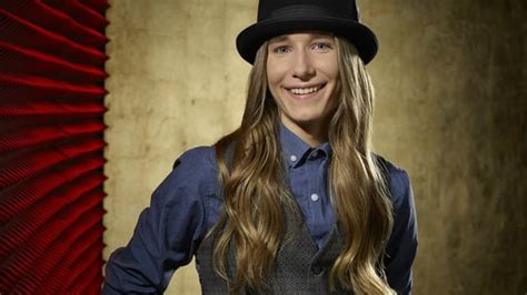 other long haired dude on the voice 7 things we learned about sawyer fredericks backstage at