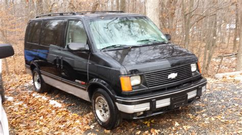 car manuals free online 2003 ford e250 security system service manual security system 1992 ford econoline e350 user handbook service manual manual