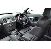 Vauxhall Vectra VXR Review 2005  2008 Parkers