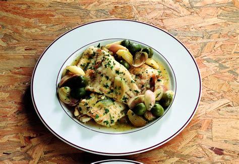 cucinare il rombo in padella ricetta rombo in padella con scalogno e olive la cucina